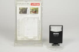 - - 9917137 Metz 28 AF-3 Flash ultracompatto universale